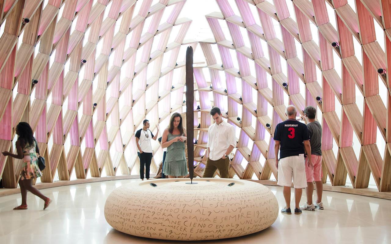 Nós, última área da Exposição Principal, com o churinga ao centro / Foto: Byron Prujansky - Museu do Amanhã