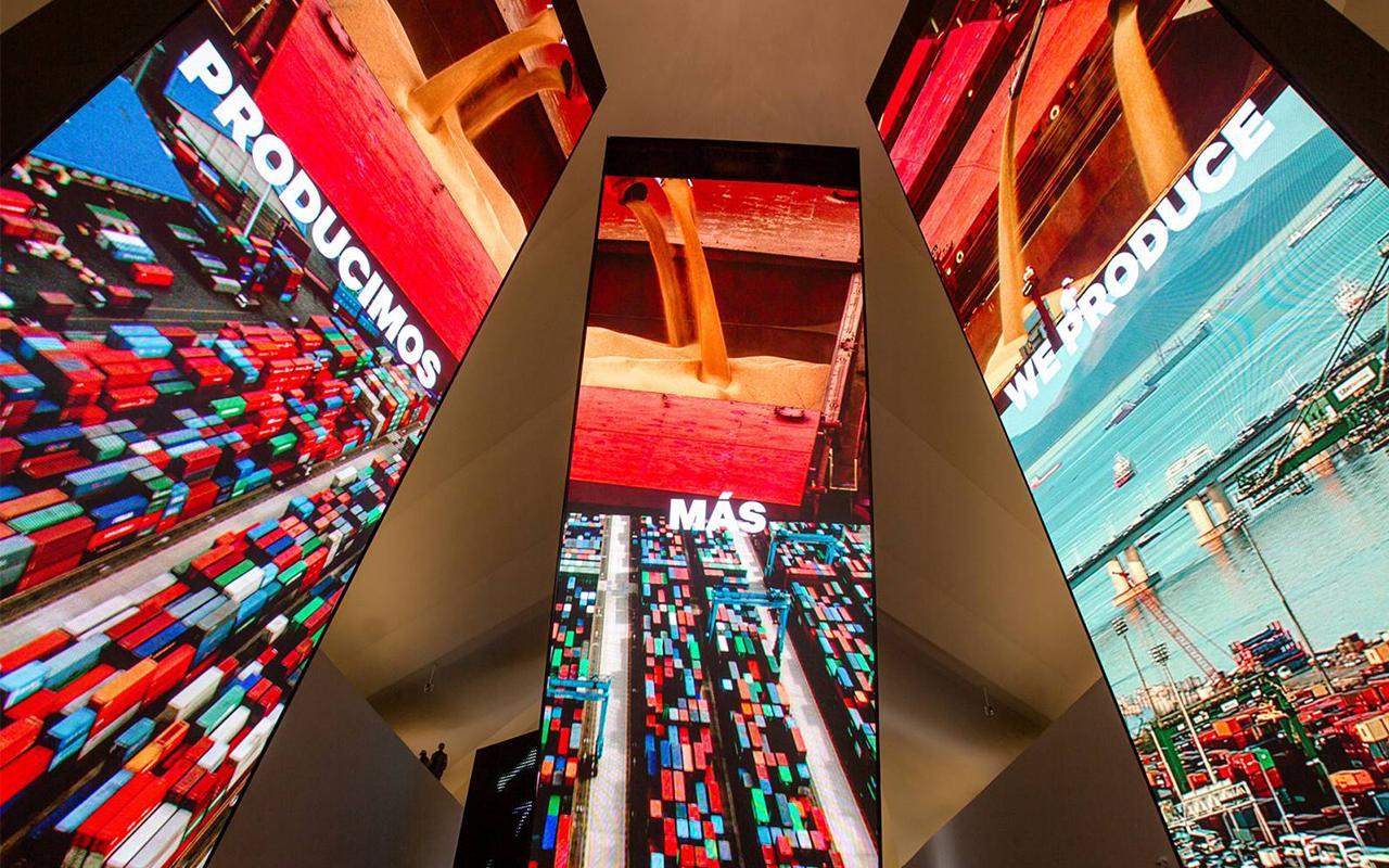 Totens do Antropoceno, na Exposição Principal / Foto: Cidade Olímpica